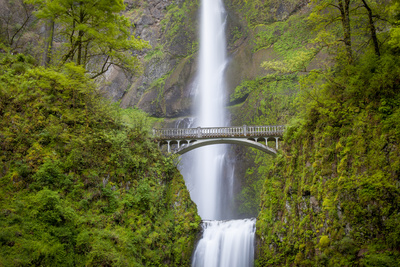 Multnomah Falls in the Columbia River Gorge Near Portland, Oregon, Usa Photographic Print by Brian Jannsen