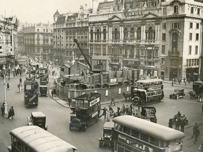 Piccadilly Circus 1928 Photographic Print