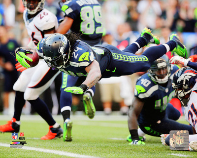 Marshawn Lynch 2014 Action Photo