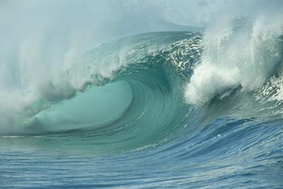 Shorebreak Waves in Waimea Bay Photographic Print by Rick Doyle