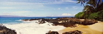 Surf on the Coast, Maui, Hawaii, USA Photographic Print by  Panoramic Images