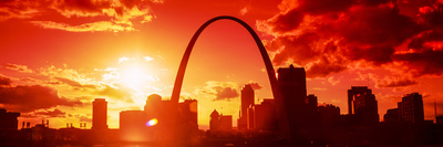 Downtown Buildings and Gateway Arch at Sunset, St. Louis, Missouri, USA Photographic Print by  Panoramic Images