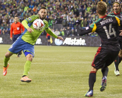 2014 MLS Western Conference Championship: Nov 30, LA Galaxy vs Seattle Sounders - Clint Dempsey Photo by Joe Nicholson