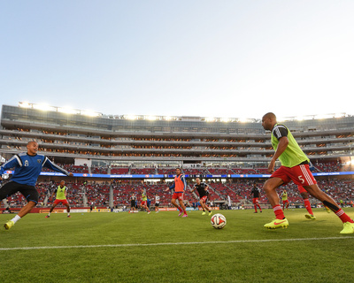 Aug 2, 2014 - MLS: Seattle Sounders vs San Jose Earthquakes - Victor Bernardez Photo by Kyle Terada