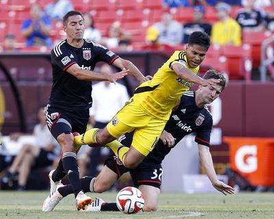 Jun 7, 2014 – MLS: Columbus Crew vs D.C. United – Jairo Arrieta, Bobby Boswell Photo by Geoff Burke