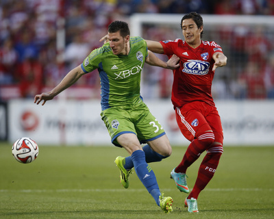 Apr 12, 2014 - MLS: Seattle Sounders vs FC Dallas - Kenny Cooper Photo by Matthew Emmons
