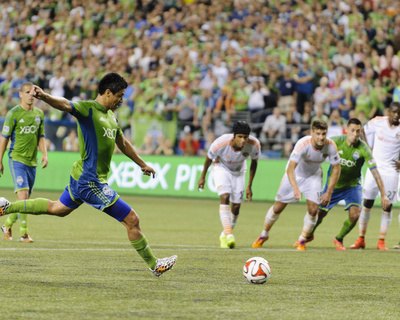 Aug 10, 2014 - MLS: Houston Dynamo vs Seattle Sounders - Gonzalo Pineda Photo by Steven Bisig