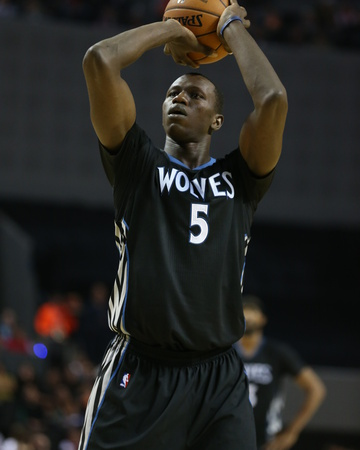Minnesota Timberwolves Vs Houston Rockets Photo by David Sherman