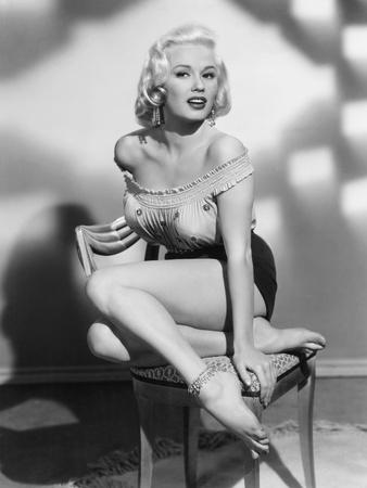 Mamie Van Doren, 1954 Photo