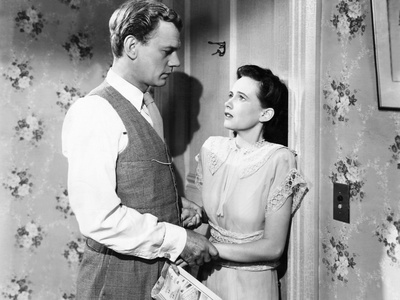 Shadow of a Doubt, from Left, Joseph Cotten, Teresa Wright, 1943 Photo