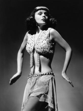 Marie Wilson, Walking Like an Egyptian, Ca. 1940s Photo