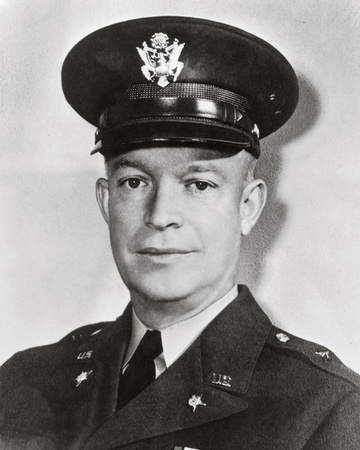 American General Dwight D. Eisenhower 1945 Photo