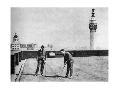 A Putting Green on the Roof of Adelaide House, Near London Bridge, London, 1926-1927 Giclee Print