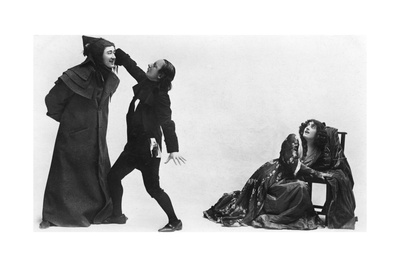Julia Neilson, Fred Terry and Horace Hodges in the Scarlet Pimpernel, C1905 Giclee Print by  Ellis & Walery