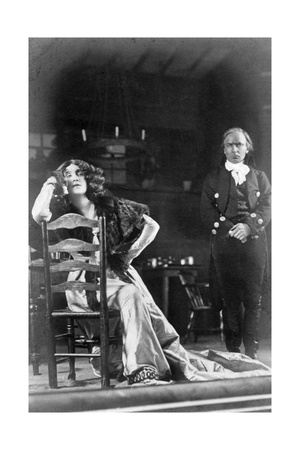 Julia Neilson and Horace Hodges in the Scarlet Pimpernel, C1905 Giclee Print by  Ellis & Walery