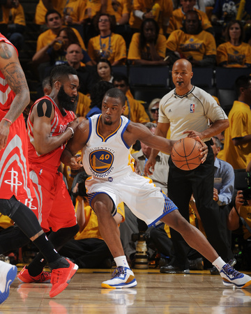 Houston Rockets v Golden State Warriors – Game One Photo by Noah Graham