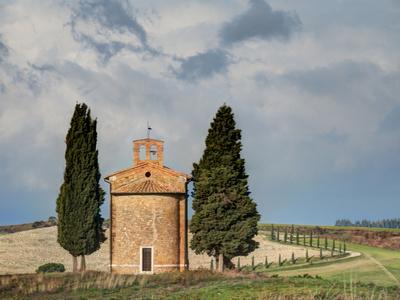 Europe, Italy, Tuscany, San Quirico Dorcia. the Vitaleta Chapel Photographic Print by Julie Eggers