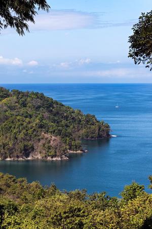 Pacific Coast, Manuel Antonio, Costa Rica Photographic Print by Susan Degginger