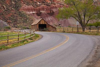 United States, Utah, Capitol Reef National Park, Historic Wooden Barn at Fruita Photographic Print by David Wall