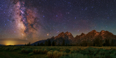 Milky Way Shines over the grand teton mountain range national park