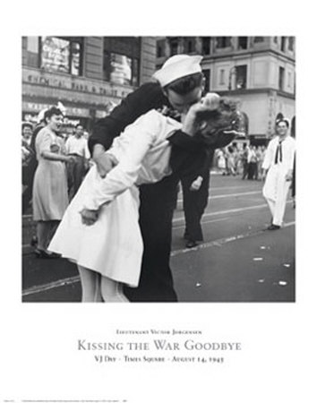 Kissing the War Goodbye, VJ Day, Times Square, August 14, 1945 Print by Victor Jorgensen