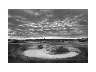 Old Course Bunkers Giclee Print by Dom Furore