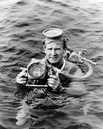 Sea Hunt Photo
