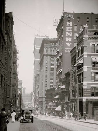 Fifth Avenue, Pittsburgh, Pa. Photo