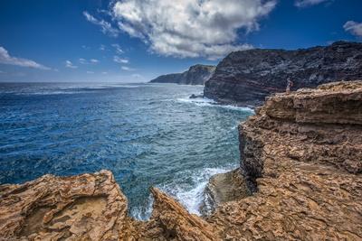 The Anapuka Peninsula Along Cliffs to Mokio Point, of the Mokio Preserve of Molokai Land Trust Photographic Print by Richard Cooke III