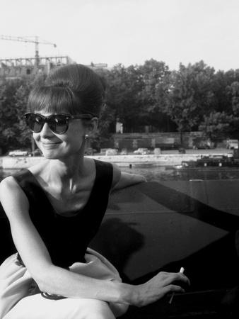 """Actress Audrey Hepburn on the Set Film Paris """"Paris When it Sizzles"""" 13 July 1962 Photo"""