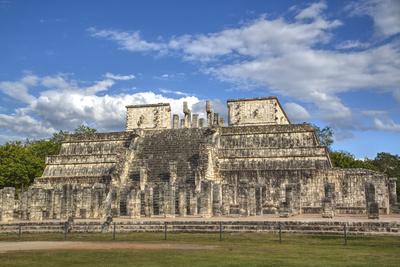 Temple of Warriors, Chichen Itza, Yucatan, Mexico, North America Photographic Print by Richard Maschmeyer