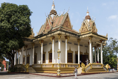 Wat Krom (Intra Ngean Pagoda), Sihanoukville, Cambodia, Indochina, Southeast Asia, Asia Photographic Print by Rolf Richardson