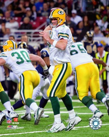 Brett Favre becomes the NFL's all-time leader in career passing yards, 2007 Action Photo
