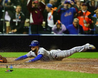 Eric Hosmer scores the game tying run Game 5 of the 2015 World Series Photo