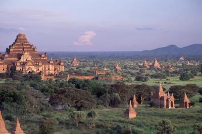 Bagan, Dhammayangyi Pagoda - Burma Photographic Print by Rainer Kiedrowski