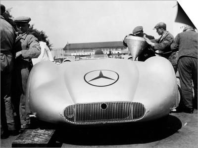 Mercedes Streamliner Car at Avus Motor Racing Circuit, Berlin, Germany, C1937 Posters