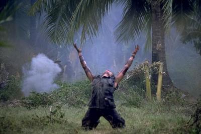 Platoon Willem Dafoe as Sgt Elias Arms Up Movie Poster Print Print