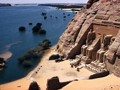 Ramses Temple and the Nile Shoreline at Abu Simbel Kunst på metal af David Boyer