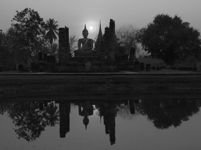 Wat Mahathat, Sukhothai Historical Park, UNESCO World Heritage Site, Sukhothai Province, Thailand,  Photographic Print by Ben Pipe