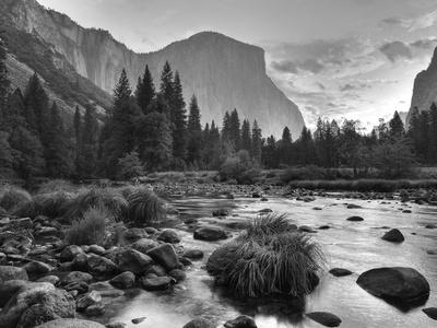 Early Sunrise, Yosemite, California, USA Photographic Print by Tom Norring