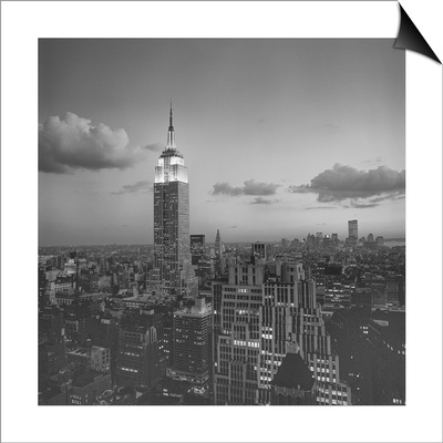 Empire State Building Clouds Evening - New York City Iconic Building, Top View Lámina Magnetic Art