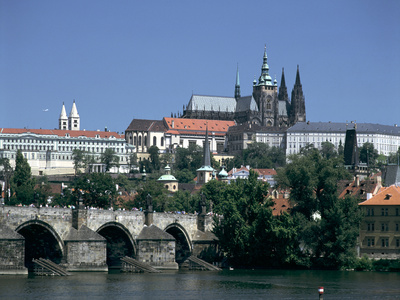 The Charles Bridge, the Castle and St Vitus Cathedral, Prague, Czech Republic Photographic Print by Peter Thompson