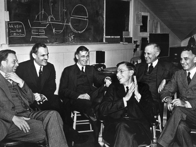 1940 Meeting of Nuclear Physicists at the Radiation Laboratory at the University of California Photo