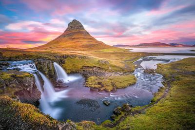 Kirkjufell autumn colors, Iceland Photographic Print by Marco Carmassi
