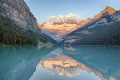 Canada, Banff NP, Lake Louise, Mount Victoria and Victoria Glaciers Fotografisk tryk af Jamie & Judy Wild