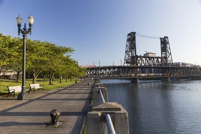 Oregon, Portland. Waterfront Park Along the Willamette River Photographic Print by Brent Bergherm