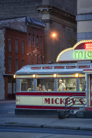 Usa,Midwest, Minnesota, St.Paul, Mickey's Diner Photographic Print by Christian Heeb