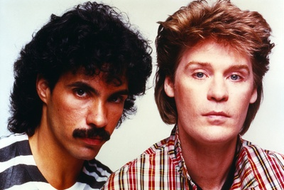 Hall & Oates Close Up Portrait Photo by  Movie Star News