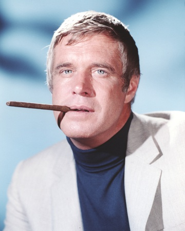George Peppard in Tuxedo With Cigarette Portrait Foto af  Movie Star News