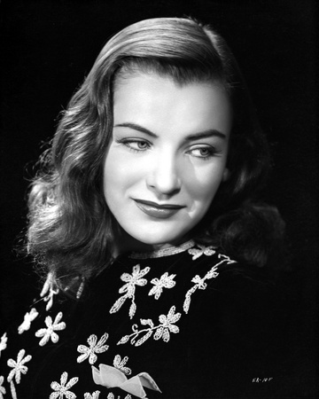 Ella Raines Posed in Embroidered Top Photo by  Movie Star News